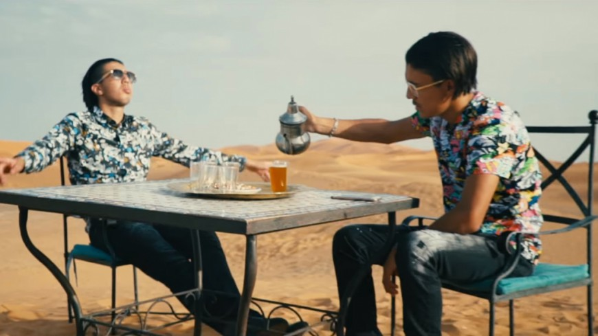 MMZ dans le désert pour ''Dans Nos Têtes''