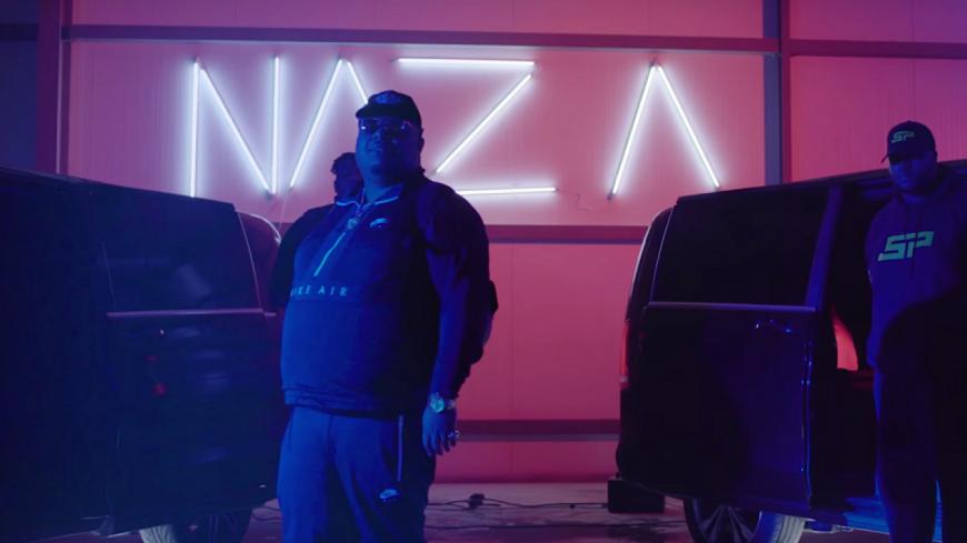 """Naza dévoile une nouvelle vidéo posé dans son """"Viano"""" !"""