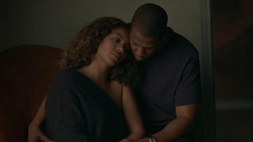 Beyoncé dévoile le visuel de ''Sandcastles''