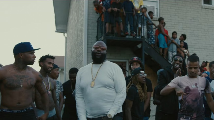 Rick Ross, 2 Chainz et Gucci Mane s'emparent du ghetto