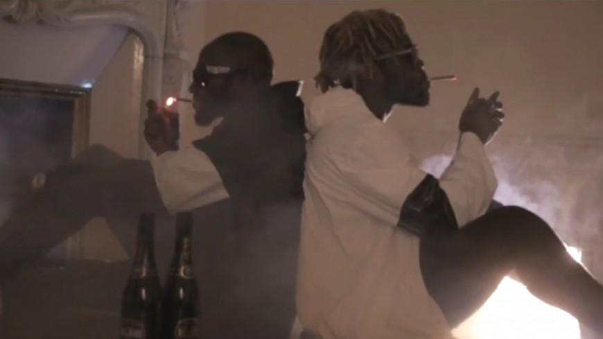 Chich ft Jok'Air - J'fume Trop De Bedo (Clip Officiel)
