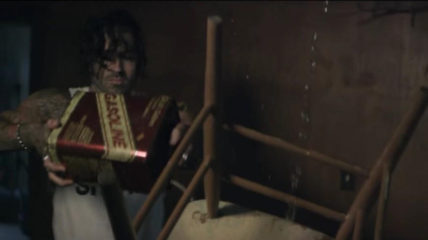 Yelawolf met le feu à la baraque avec ''Shadows''