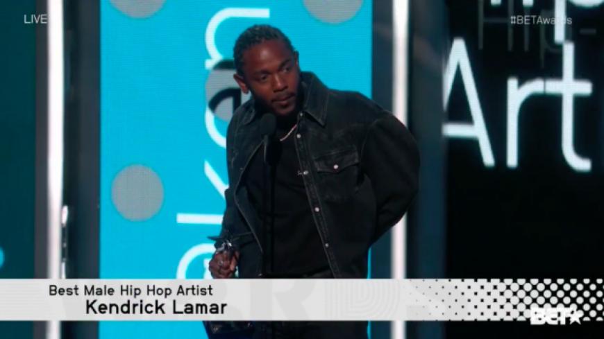 Kendrick Lamar rend hommage à Prodigy lors des BET Awards !