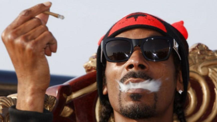 Snoop Dogg fait un beau cadeau aux fumeurs de weed !