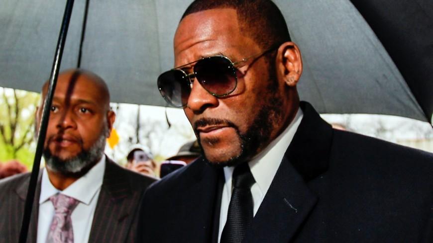 R. Kelly : le chanteur est accusé de 11 agressions sexuelles supplémentaires !