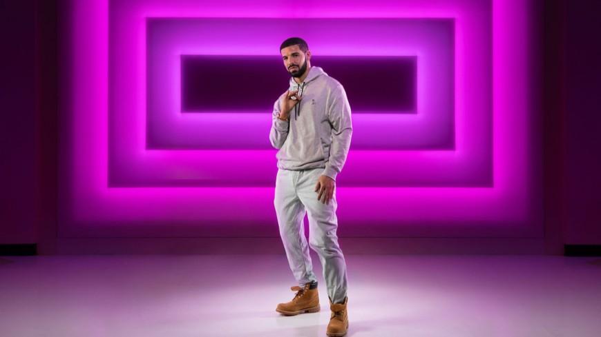 Drake confirme l'arrivée d'un album et a sa propre statue de cire !