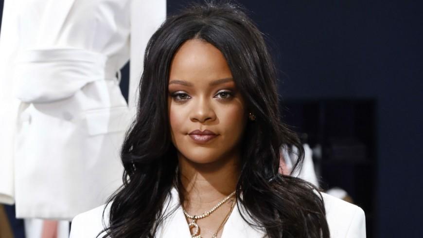 Rihanna est célibataire !