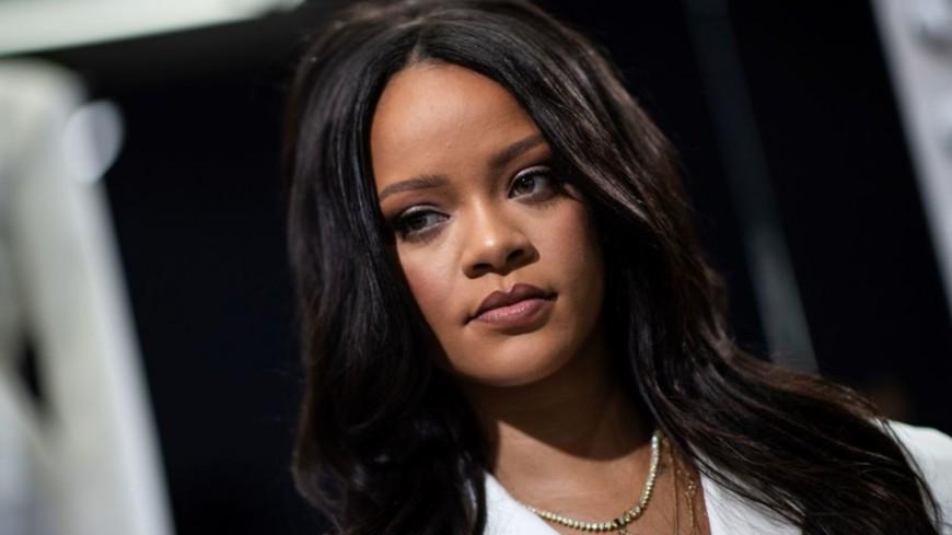 Rihanna trolle ses fans au sujet de son nouvel album !