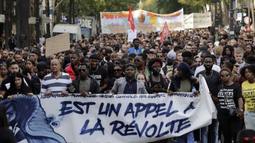 Racisme et violences policières : le silence assourdissant du rap français