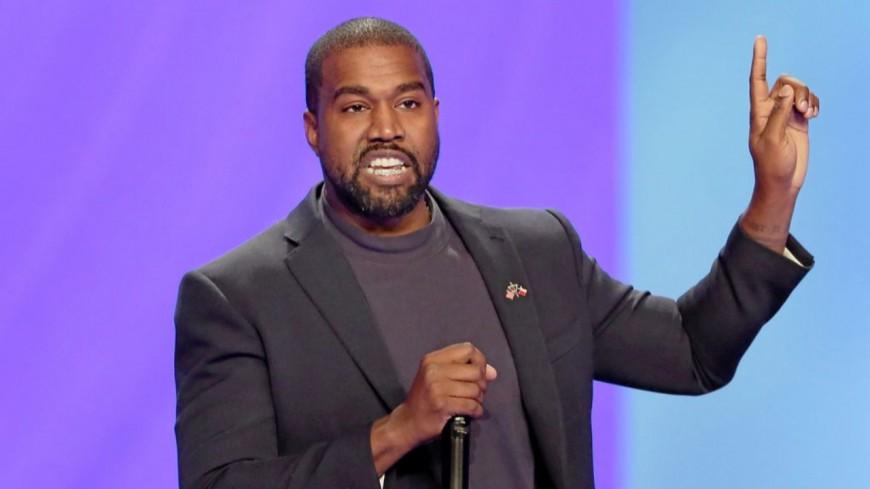 Kanye West encore accusé de fraude