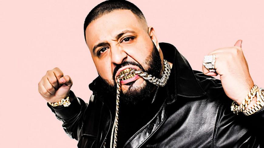 DJ Khaled : numéro un des charts, il fond en larmes !