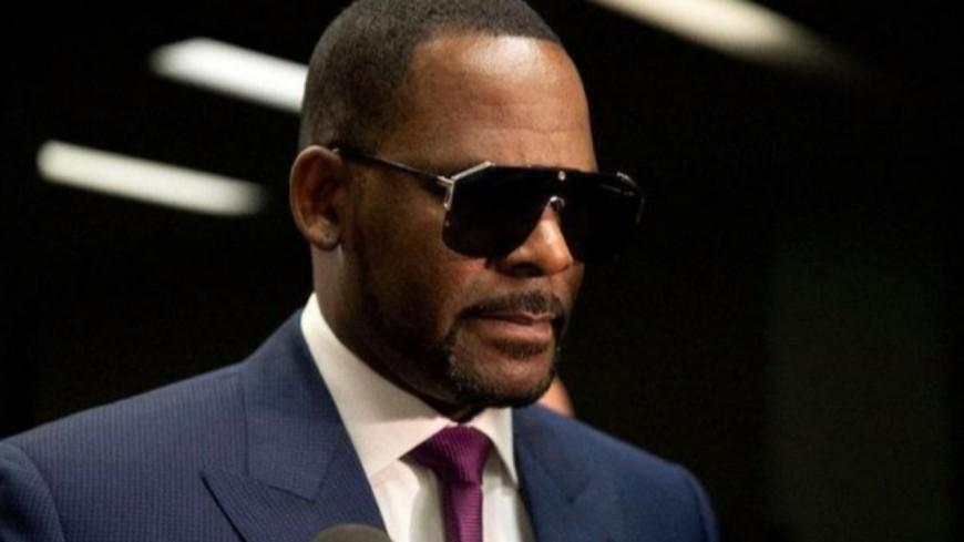 R. Kelly : un témoin affirme qu'il a couché avec Aaliyah alors qu'elle était mineure...