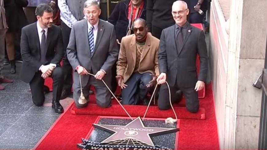 Snoop Dogg a reçu son étoile sur l'Hollywood Walk of Fame...