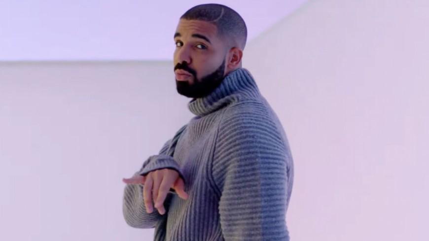Drake accro aux tatouages !