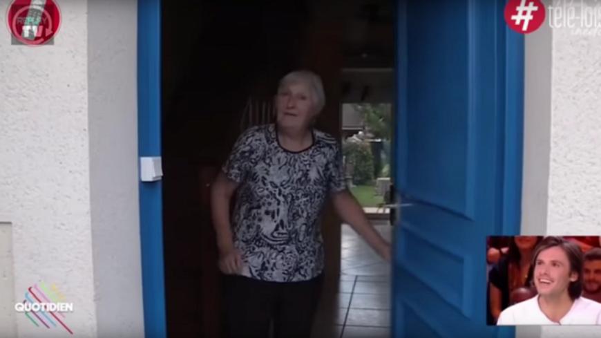 Janine, la grand-mère d'Orelsan écoute ''La fête est finie'' !