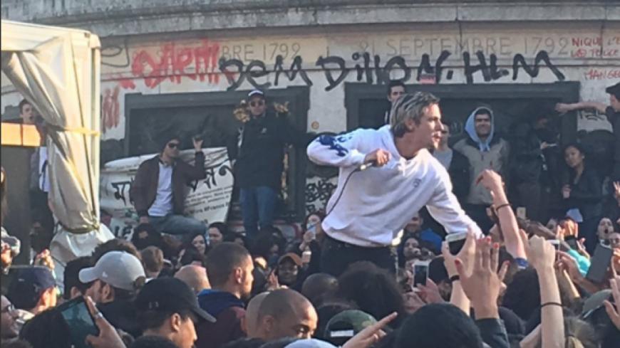 Nekfeu en concert gratuit pour ''Nuit Debout'' à République !