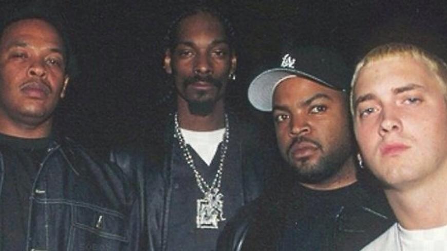 ''Up In Smoke Tour 2'' est toujours d'actualité, selon un tweet étrange d'Ice Cube !