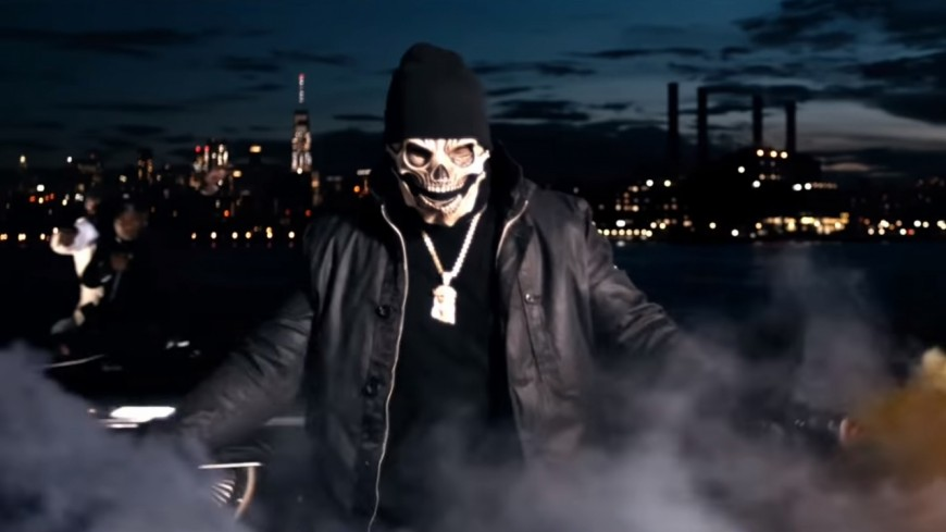 50 Cent, Uncle Murda & 6ix9ine sortent les gros calibres dans ''Get The Strap'' !