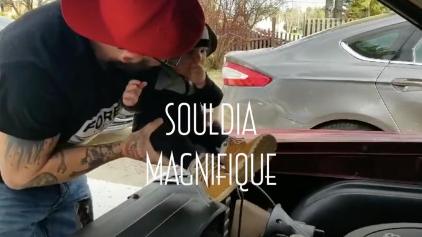 """Souldia rend hommage à son père dans """"Magnifique"""""""