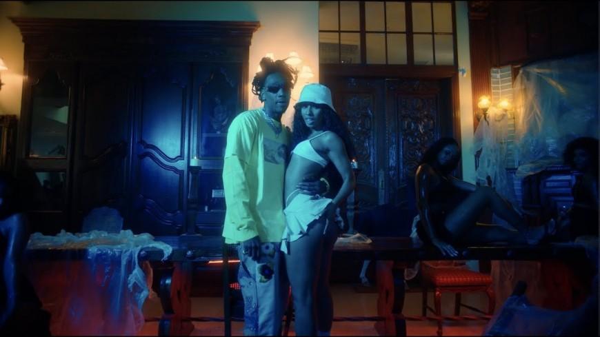 "Wiz Khalifa et Rubi Rose balancent ""POV"""