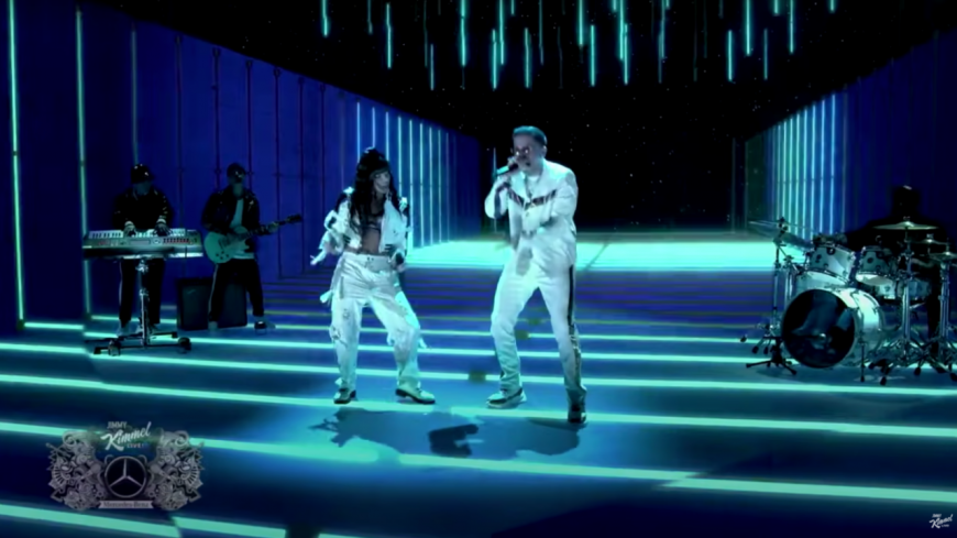 """Chesca ft. De La Ghetto & Offset performent """"Como Tu (Dirty)"""""""