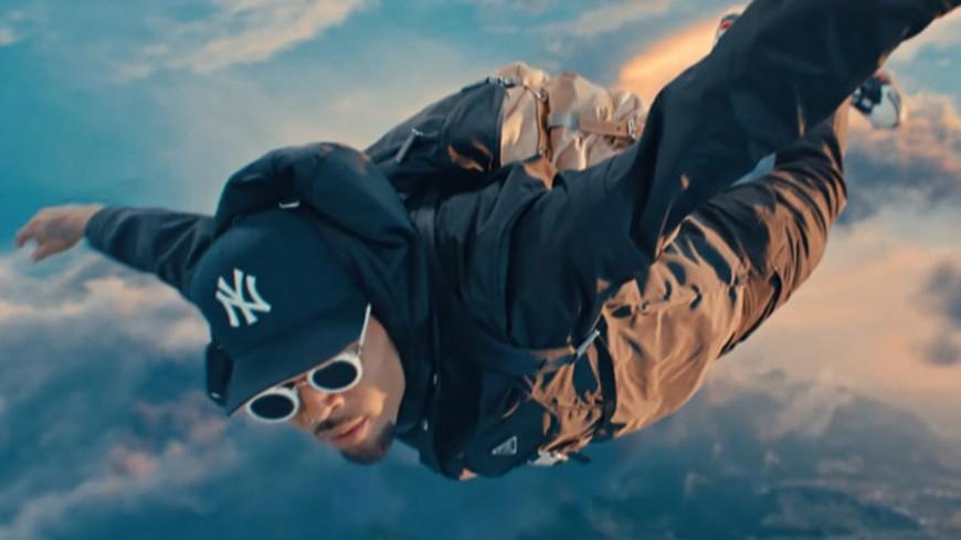 """Chris Brown prend de l'altitude avec Young Thug, Future, Lil Durk, Mulatto pour """"Go Crazy"""""""