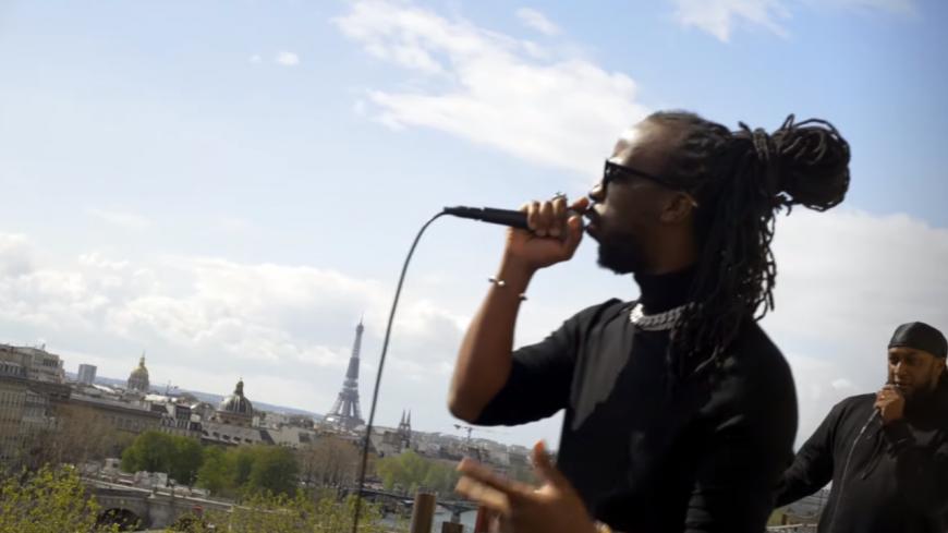 Youssoupha sur les toits de Paris !