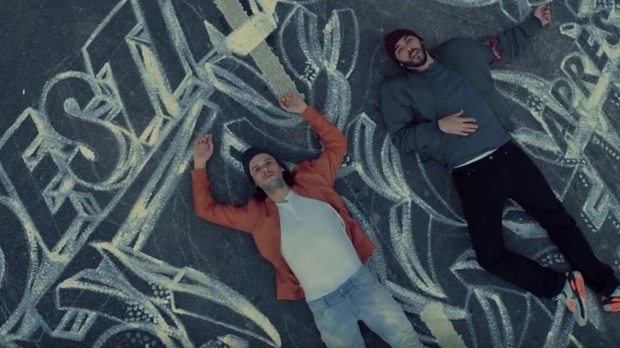 Les casseurs Flowters nous régalent avec le clip de leur titre ''Inachevés'' !