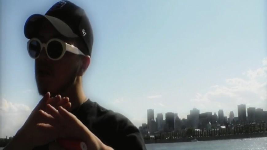 Hamza ralentit son ''baby'' dans le clip ''Slowdown'' !