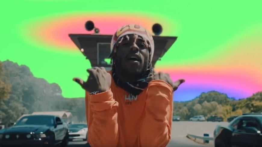 Lil Uzi Vert sauve sa copine dans ''Money Longer''