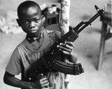 Vidéo: Les Enfants Soldats